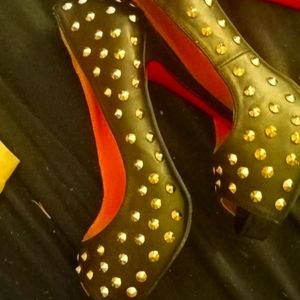Louis Vuitton red back high heels size 6 and a half